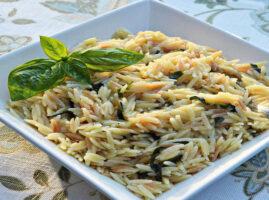 Pasta-orzo-con-parmesano-y-albahaca