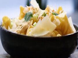 recetas-de-pasta-con-pollo-y-crema-de-parmesano