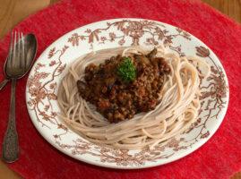 platillos con espagueti