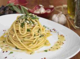espaguetis-al-ajillo